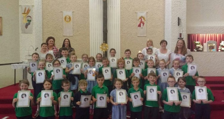 Presentation of Adoration Certifications to COTE students in Derry, June 2018